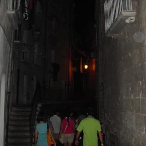 """Quattro chiacchiere su """"L'isola che vogliamo"""" nella città vecchia di Taranto ognimercoledì"""