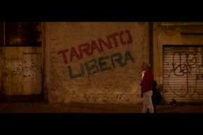 """Il coraggio di gridare """"Taranto Libera"""". Talento e cuore di chi canta la voglia di futuro alternativo senza industriaavvelenante."""
