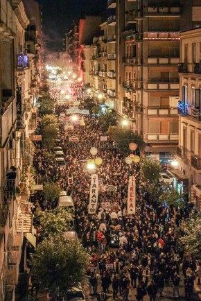 """Il celebre scatto della manifestazione """"Taranto Libera"""" dall'alto è di Luca Furlanut: la prova dei 10.000, forse 15.000/20.000 del 15 dicembre2012"""