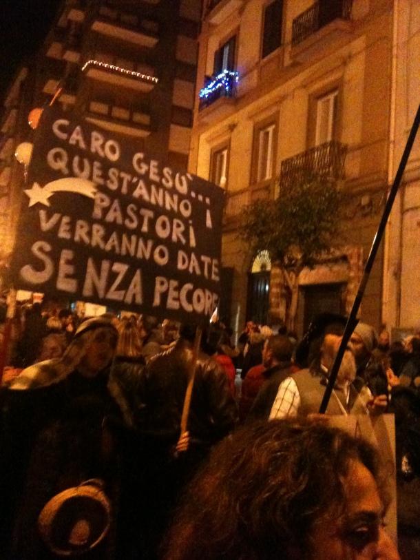 Insolito personaggi del Presepe a Taranto Libera, il 15 Dicembre 2012