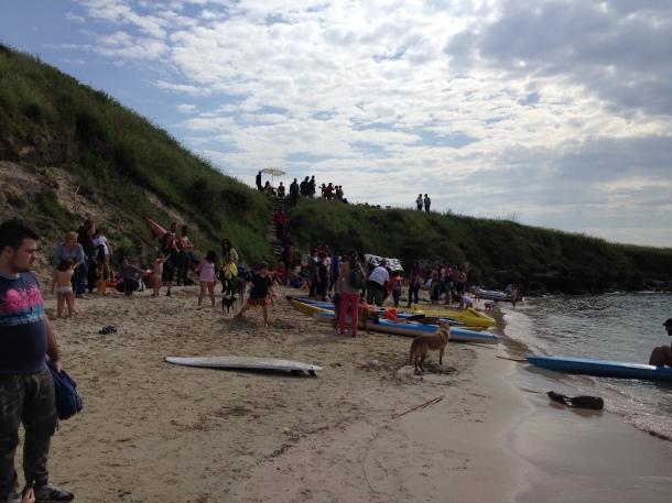 Le canoe del wwf di solito sono alla Palude la Vela in Mar Piccolo. Stavolta erano all'Open Core Fest