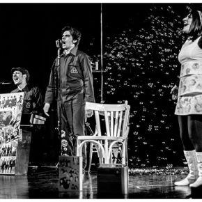 Revolution, teatro civile/canzone, in terra di Brindisi, ricordando il Petrolchimico ai tempi deiBeatles