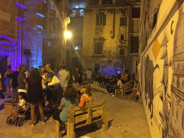 Piazza Monteoliveto, Santa Andrea degli Armeni