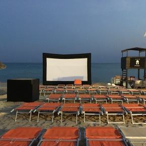 Film in riva al mare. Spiaggetta Club di Taranto nel Circuito D'AutoreEstate.